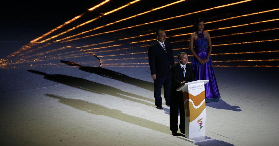 Emilio González Márquez, governador do Estado de Jalisco, faz discurso emocionado e avisa que vai tentar realizar a Olimpíada