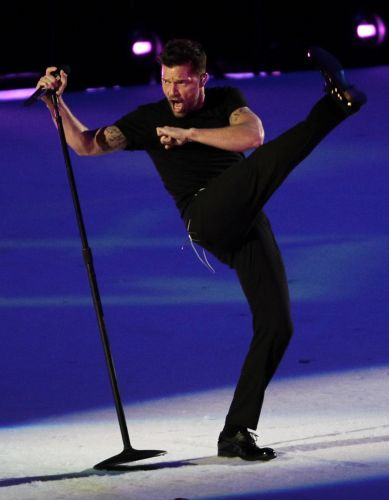 Ricky Martin levantou pblico e fechou festa que marcou o fim do Pan-Americano 2011, realizado no Mxico