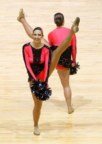 Alemãs fazem performance durante o Mundial de Cheerleaders, realizado neste sábado em Hong Kong