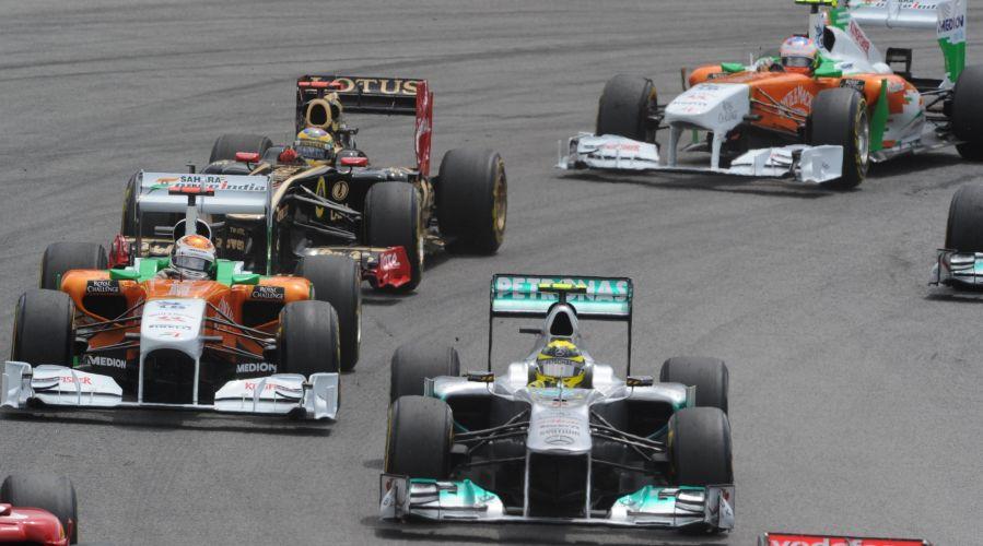 Bruno Senna sustentou a nona posição na lragda do GP do Brasil em Interlagos