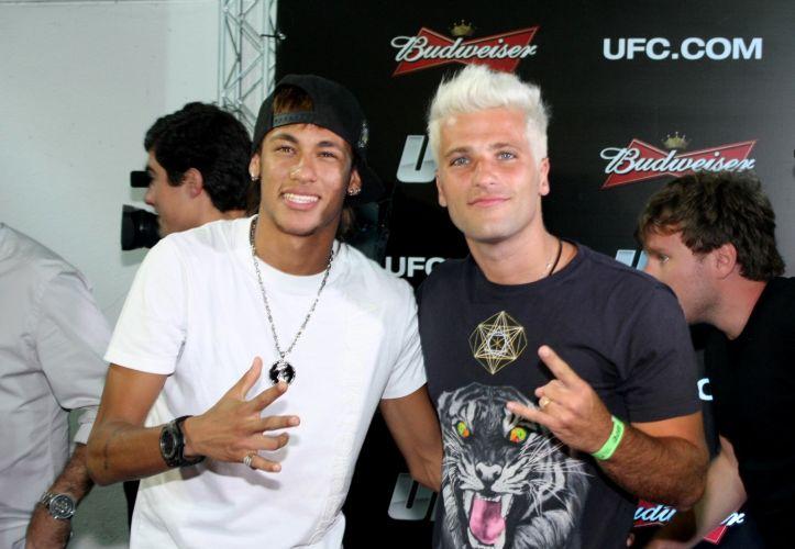 Neymar e Bruno Gagliasso acompanharam a noite de lutas do UFC no último sábado