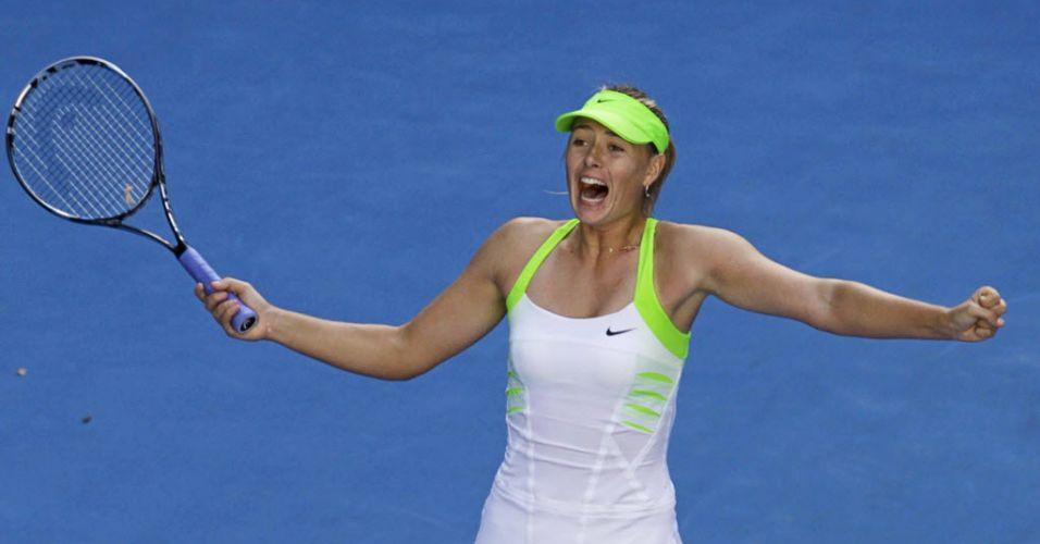 26.jan.2012 - Maria Sharapova vibra ao garantir lugar na decisão do Aberto da Austrália