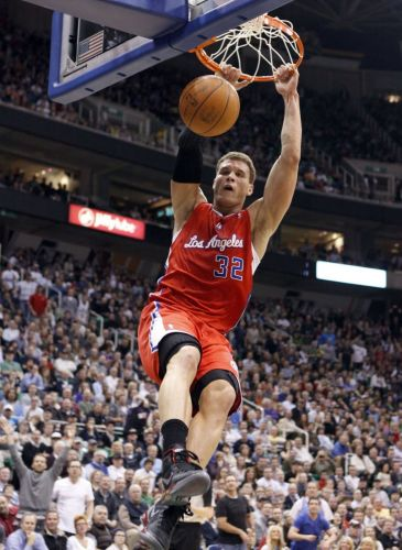 Blake Griffin, do Los Angeles Clippers, consegue a enterrada contra o Utah Jazz