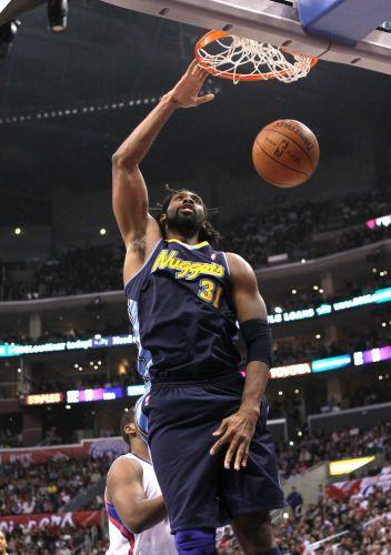 Nenê marcou oitos pontos na vitória do Denver Nuggets contra o Los Angeles Clippers