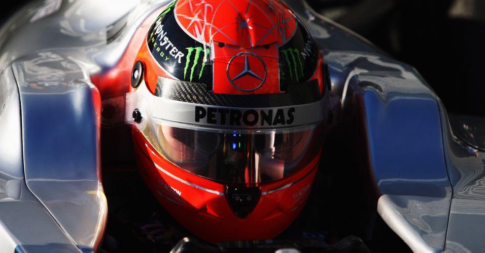 Ainda com o modelo 2011 da Mercedes, Michael Schumacher participa dos testes da Fórmula 1 na Espanha