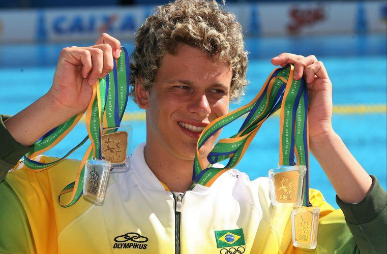 Desconhecido do grande público, Cesar Cielo fatura quatro medalhas: três ouros (50m e 100m livre e 4x100m livre) e uma prata (4x100m medley). Nos 50m livre, ele se aproximou do recorde mundial, mas foi ofuscado por Thiago Pereira ño Rio-2007