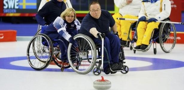 Curling sobre cadeira de rodas, modalidade das Paraolimpíadas de Inverno