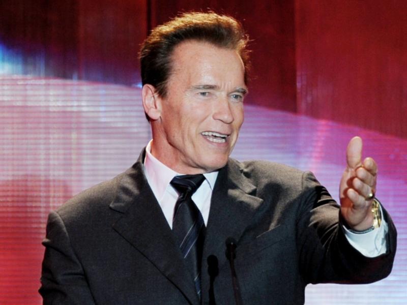 Schwarzenegger carregará a tocha olímpica em seu último dia de revezamento