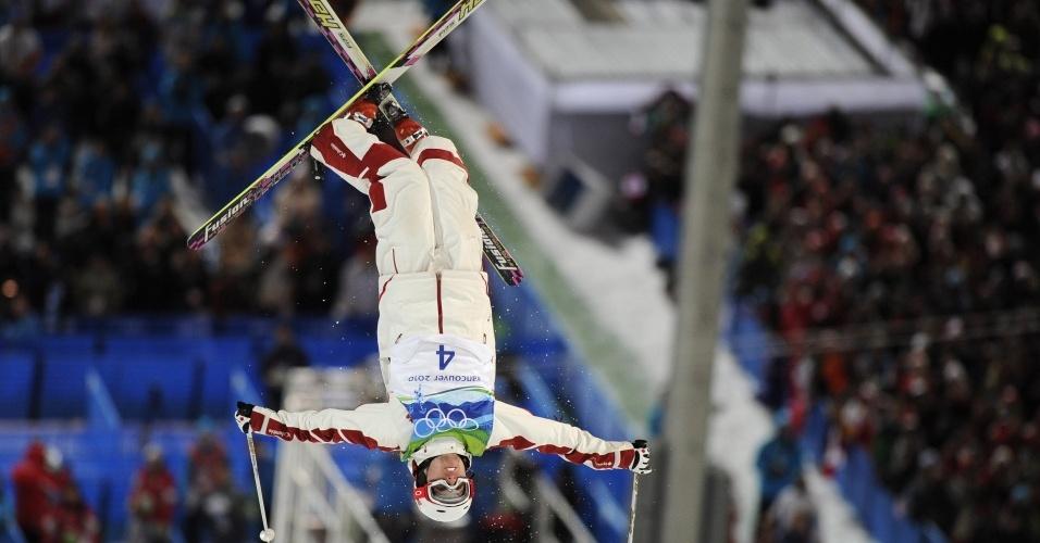 Alexandre Bilodeau faturou o primeiro ouro do Canadá em Vancouver, no esqui estilo livre, moguls