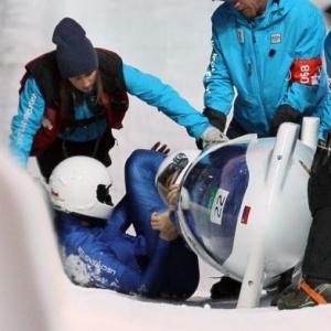 Klingler e Duerr, de Liechtenstein, perderam controle do bobsled