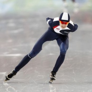 A patinadora Martina Sablikova durante prova dos 5.000m em Vancouver