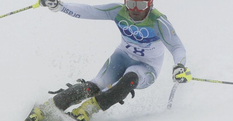 Jhonatan Longhi compete no slalom especial nos Jogos de Vancouver