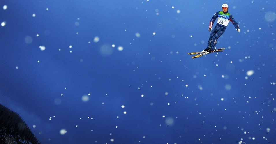 Ryan St. Onge treina para a final do aerials masculino, no esqui estilo livre da Olimpíada de Vancouver
