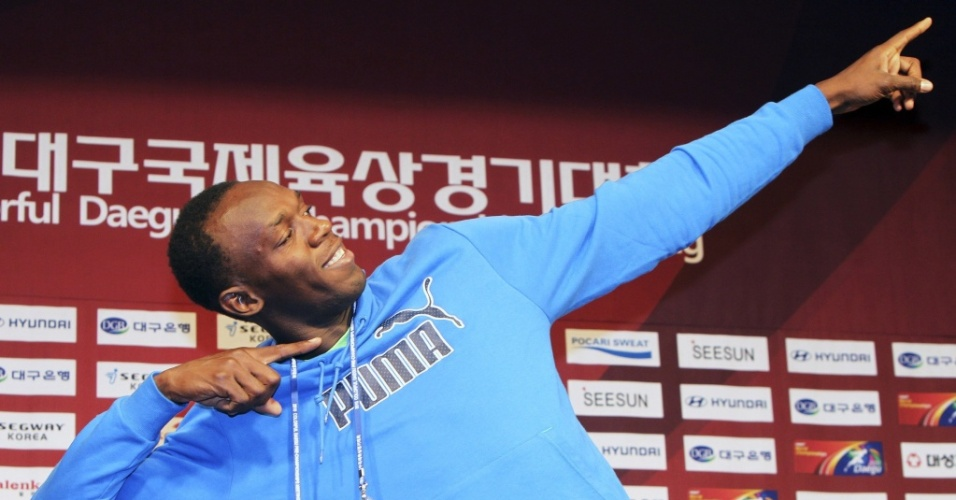 Usain Bolt posa para as fotos na Coreia do Sul, antes da estreia nos 100 m rasos na temporada 2010 