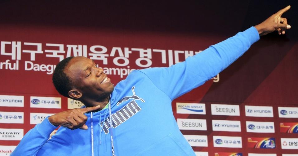 Usain Bolt posa para as fotos na Coreia do Sul, antes da estreia nos 100 m rasos na temporada 2010