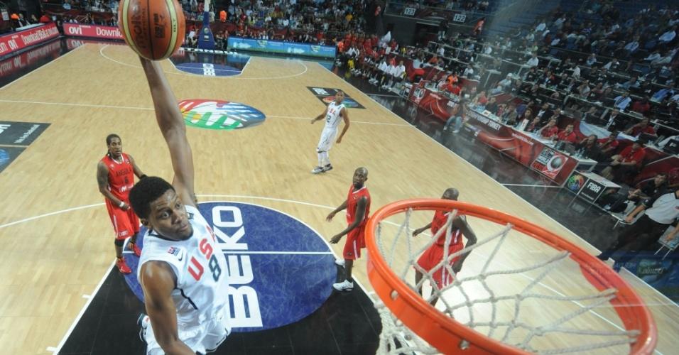 Rudy Gay enterra para os EUA no Mundial de basquete