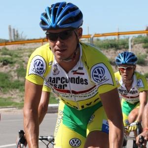 Lcuano Pagliarini veio ao Brasil e agora compete na Scott/Marcondes César, de São José dos Campos