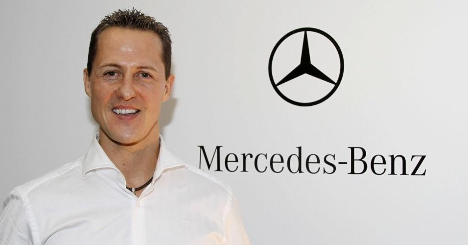Michael Schumacher é confirmado como piloto da Mercedes GP