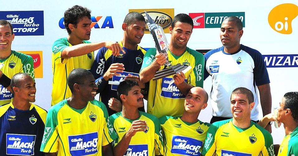 Seleção brasileira vence a seleção do mundo em desafio de janeiro de 2009