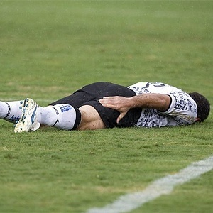 Ronaldo se contunde em Campinas no duelo entre Corinthians x Flamengo