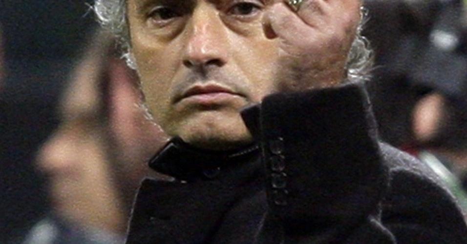 Mourinho brigou com jornalista na saída da partida entre Inter e Atalanta