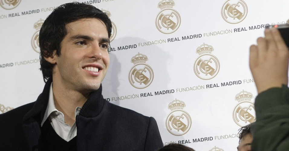 Kaká participa de evento pelo Real Madrid