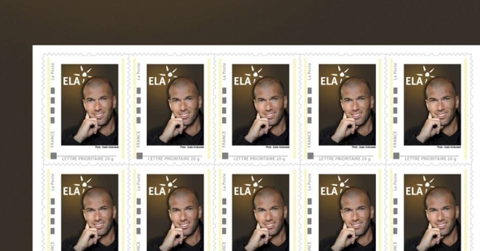 Zidane vira selo na França