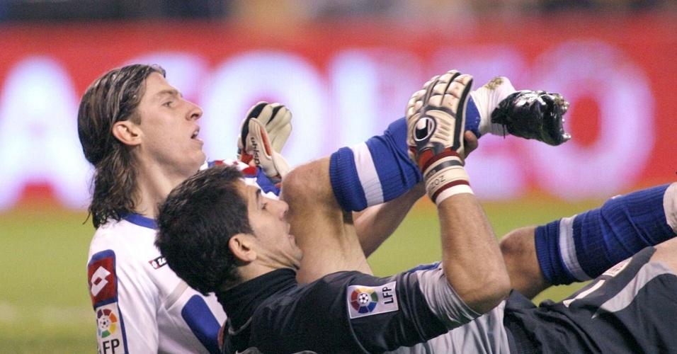 Filipe Luis se machuca em jogo do la Coruña no Campeonato Espanhol