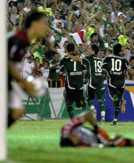 Jogadores do Palmeiras comemoram o gol marcado contra o Flamengo-PI na Copa do Brasil