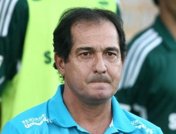 Muricy Ramalho assiste Botafogo/SP x Palmeiras