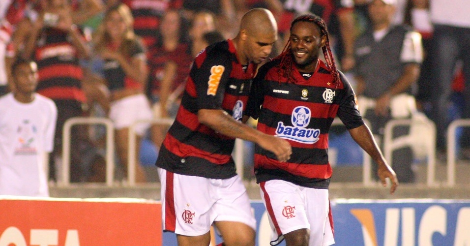 Adriano e Vagner Love, atacantes do Flamengo