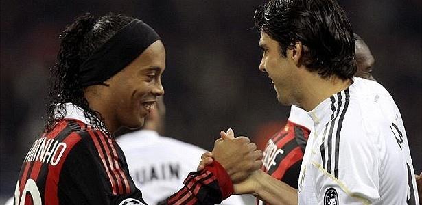 Ronaldinho e Kaká foram analisados por Mano Menezes nesta quinta-feira