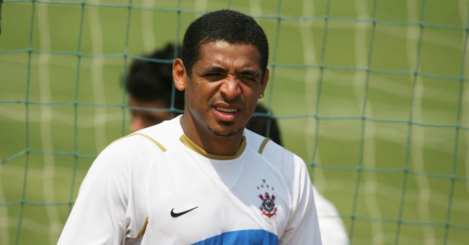 Vampeta participa de treino do Corinthians em 2007