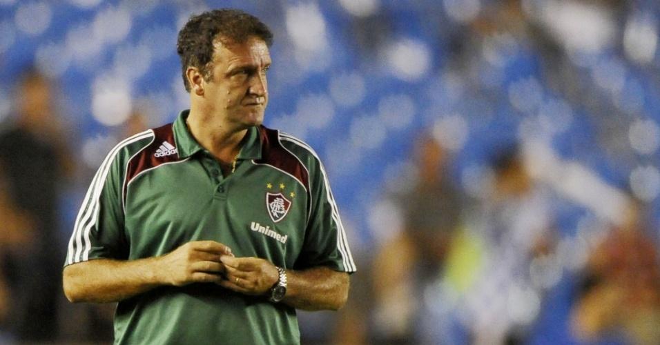 Técnico Cuca em partida do Fluminense