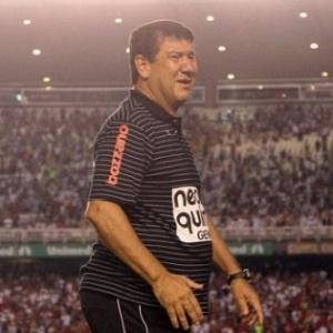 Joel Santana no título do Botafogo sobr eo Flamengo no Rio de Janeiro