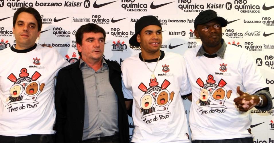 Andrés Sanchez, Dentinho e Rappin Hood lançam projeto no Corinthians