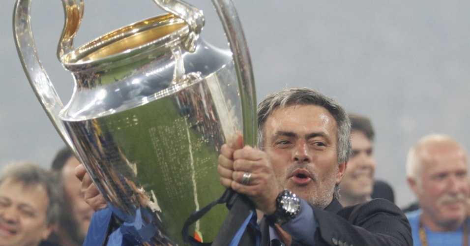 Mourinho conquista segundo título da Liga dos Campeões; técnico se despede da Inter e fecha com Real