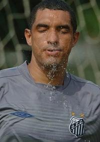 de mudança: Santos libera Fábio Costa para ir ao Penapolense