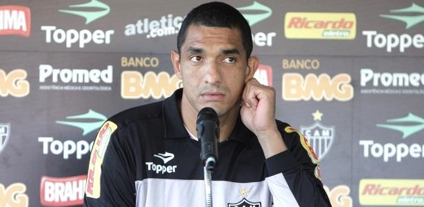 Fábio Costa viveu momentos ruins em 2010 e sofre com baixa aceitação no mercado
