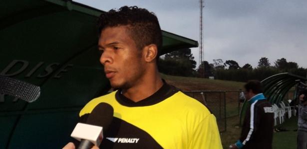 Viáfara, goleiro do Vitória em entrevista