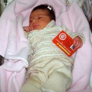 Filha recém-nascida de Nilmar vira sócia do Internacional
