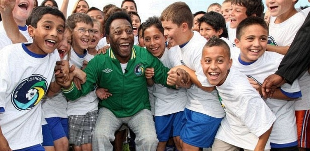 Pelé anunciou volta do New York Cosmos