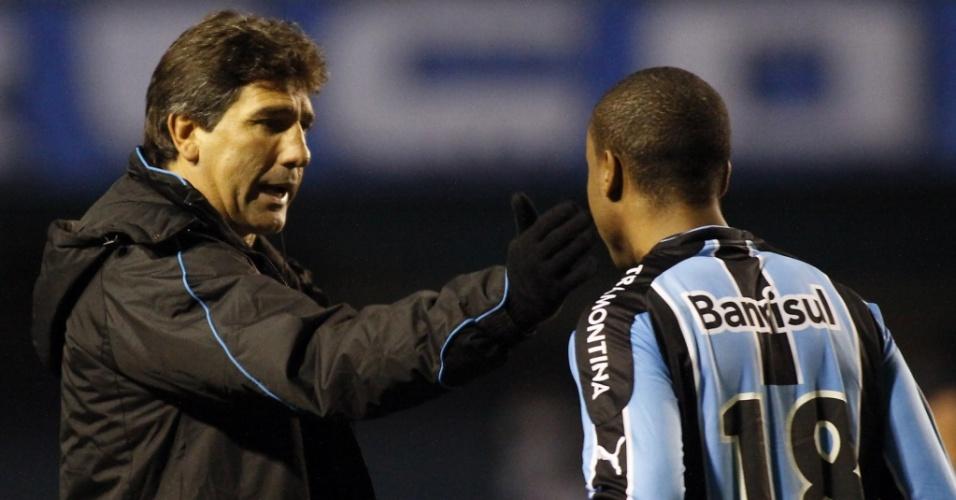 Renato Gaúcho conversa com Borges em vitória gremsita