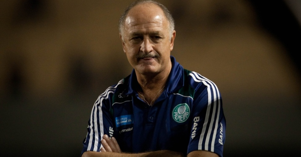 Luiz Felipe Scolari lamenta a derrota do Palmeiras por 3 a 0 para o Atltico-GO no aniversrio de 96 anos do clube paulista
