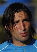 futebol pelo brasil: Cruzeiro admite saída do atacante argentino Farías