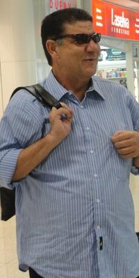 Joel Santana embarca para Goiânia juntamente com a delegação do Botafogo