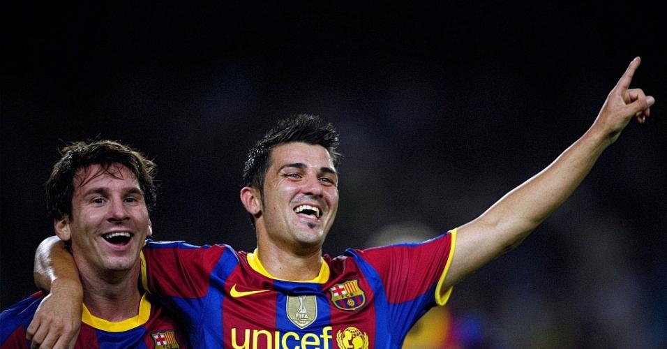 Messi e Villa comemoram um dos gols do Barcelona contra o Panathinaikos