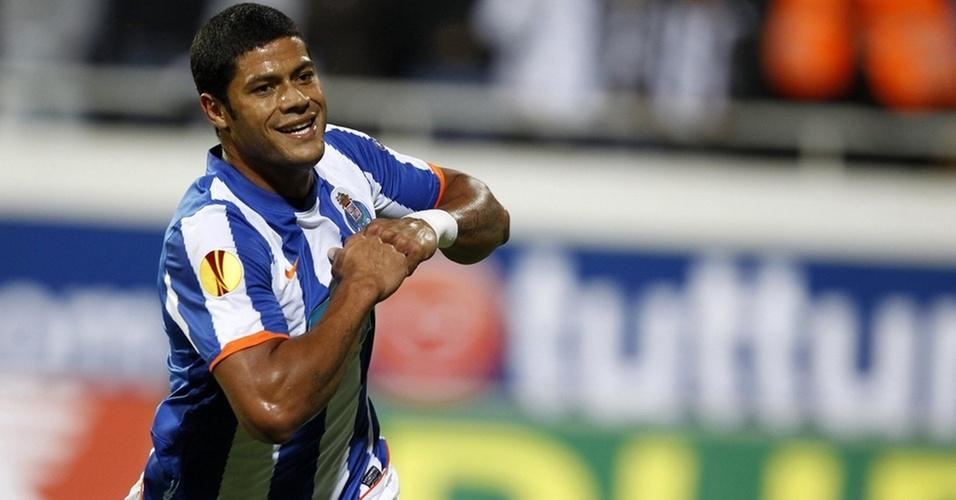 Hulk brilha e faz dois gols para o Porto na vitória sobre o Besiktas na Liga Europa