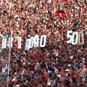 Torcida do Vitória faz homenagem ao jogo 500 da equipe no Barradão