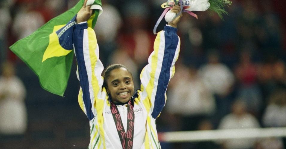 Daiane dos Santos conquistou três medalhas em Winnipeg